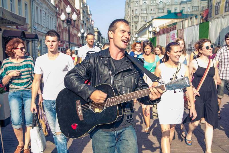 Картинки по запросу поющий автобус москва